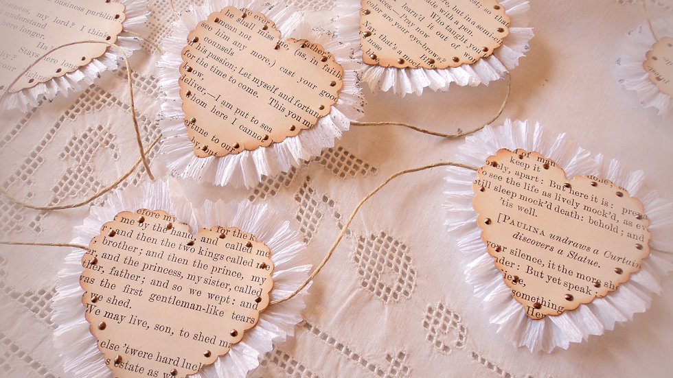 Shakespeare Hearts Garland