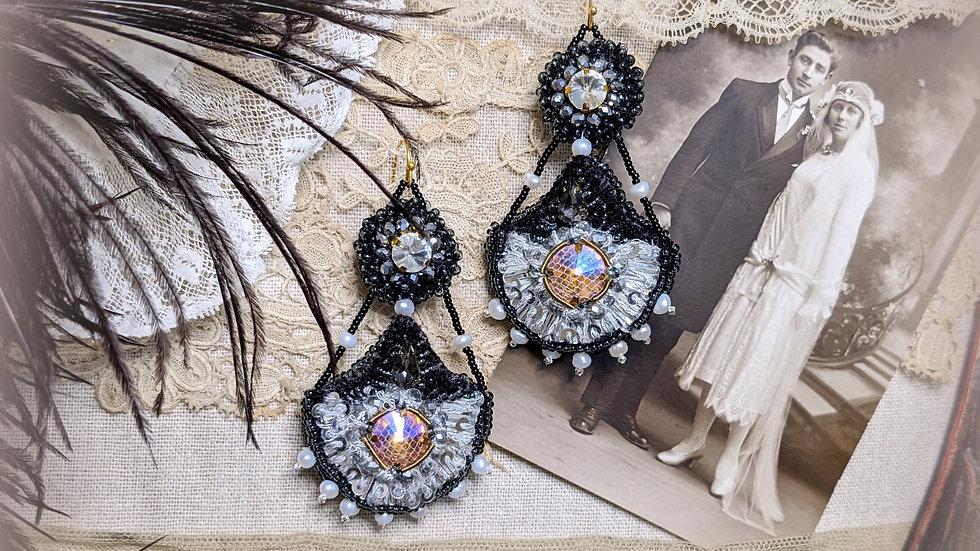 Grand Romance Earrings