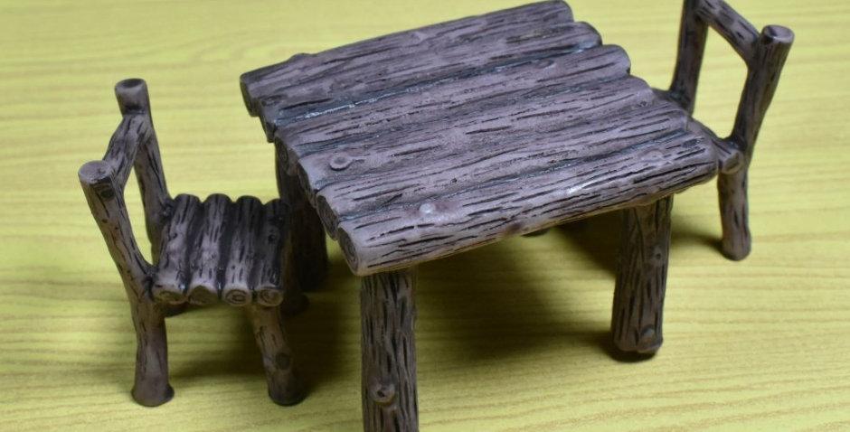 โมเดลชุดโต๊ะเก้าอี้ไม้