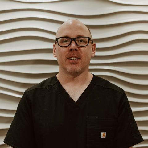 Erik Kinzer • Co-Owner, Medical Director