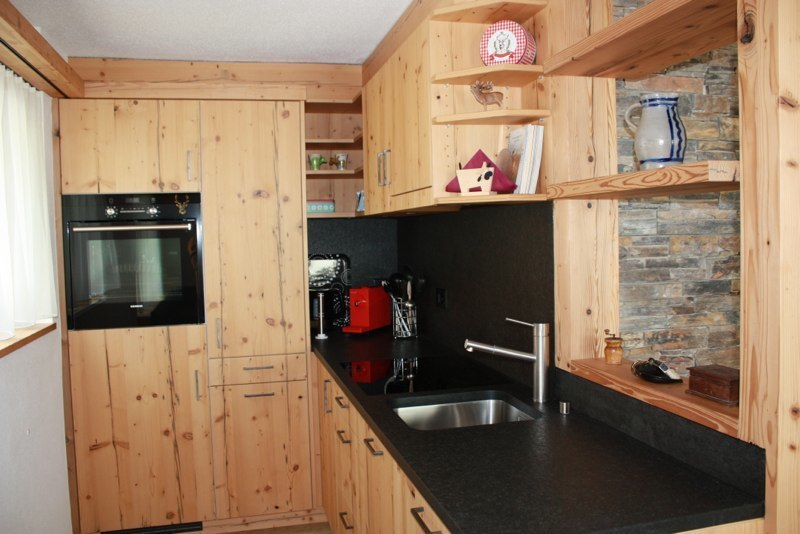Saas-Fee kitchen