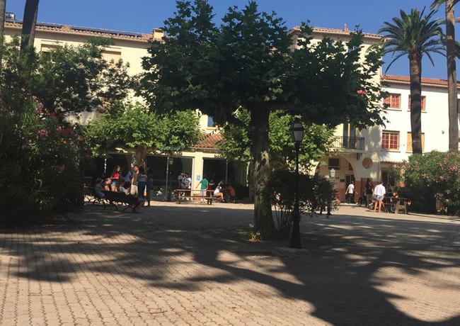 Schule Cannes