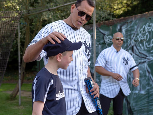 Yankees Greats Visit the London Mets