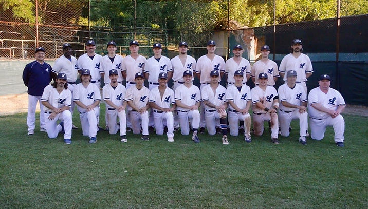 Today, the London Mets Baseball and Softball Club completed their undefeated run in the Federations Cup Qualifier, winning the...