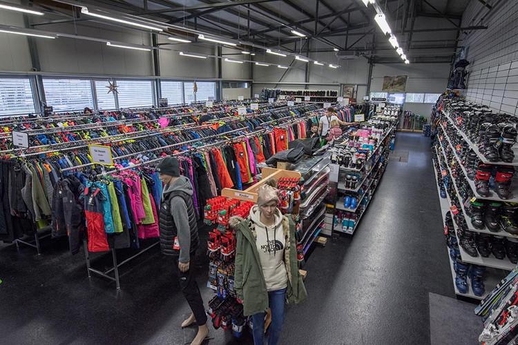 Sports-Outlet-Factory-Lyss-Ladenlokal (7