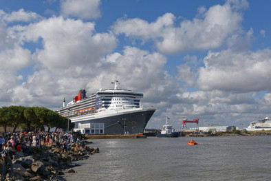JFN-Queen Mary 2 (1).jpg