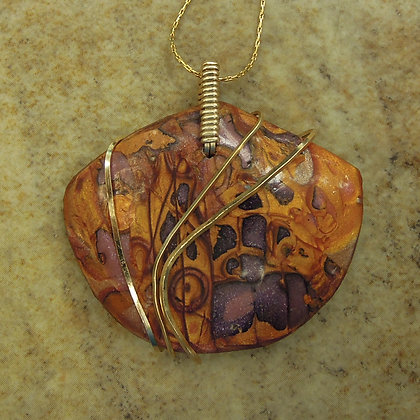 PENDANT AND GOLD