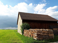 The Best Insulation Options for a Pole Barn or Metal Shop