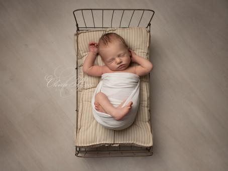 BLACK FRIDAY V 2020- Hertfordshire-newborn-Photography-offer