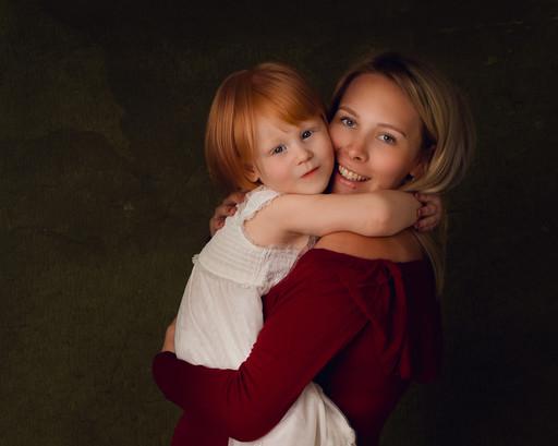 Danielle and Scarlet Maternity-27.jpg