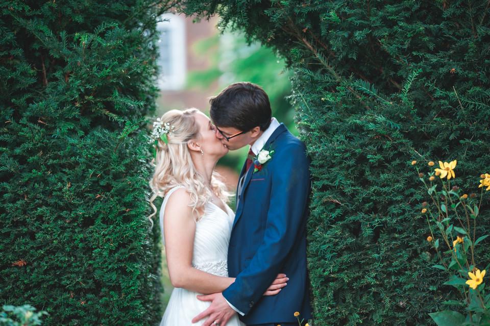 Greg & Hannah 00778.jpg