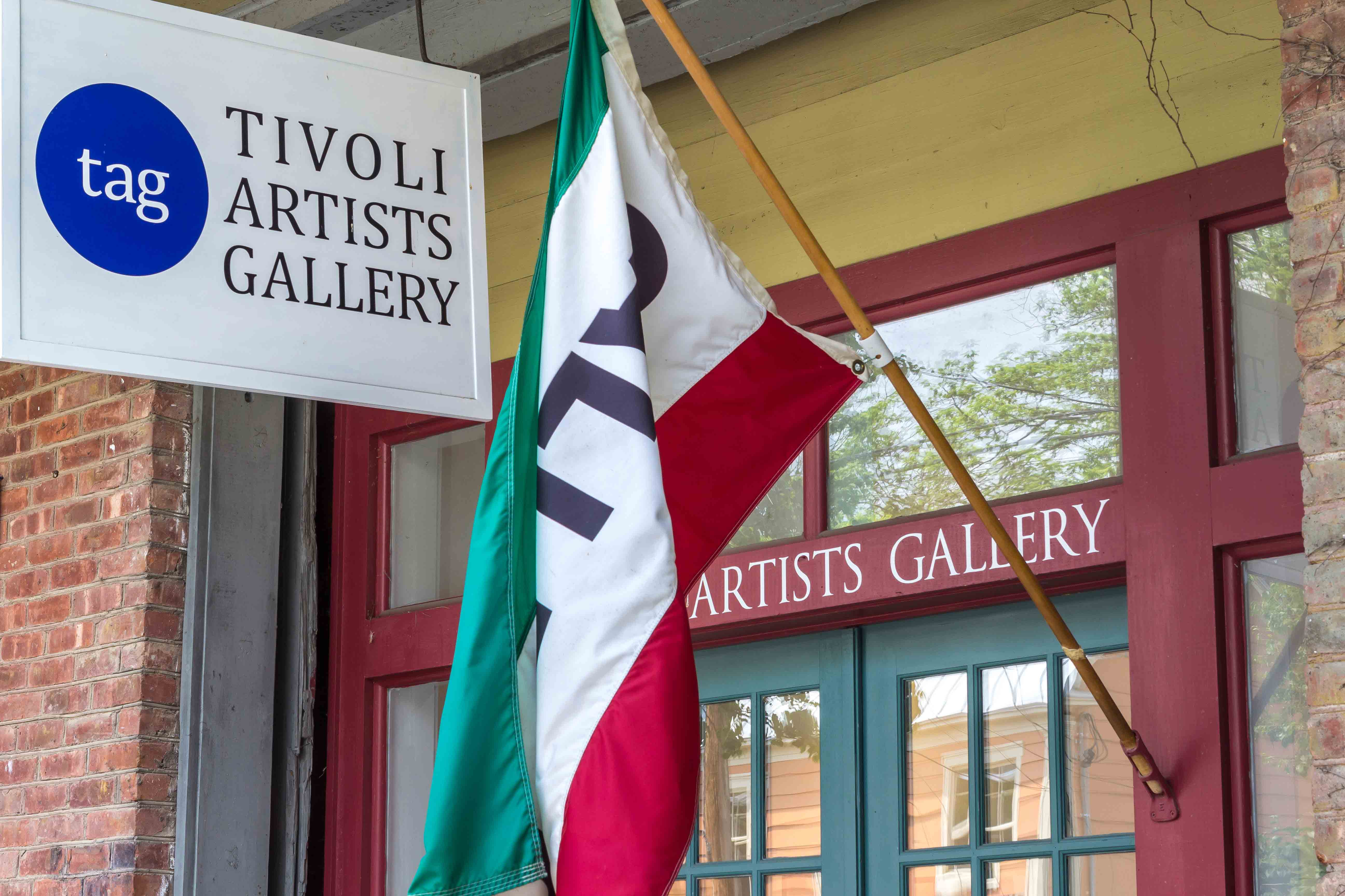 TIVOLI_ARTISTS_GALLERY_SIGN-9868_loRes