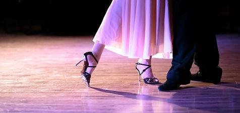 Fanny Fabien cours de tango à Rennes, Saint Malo, Le Mans