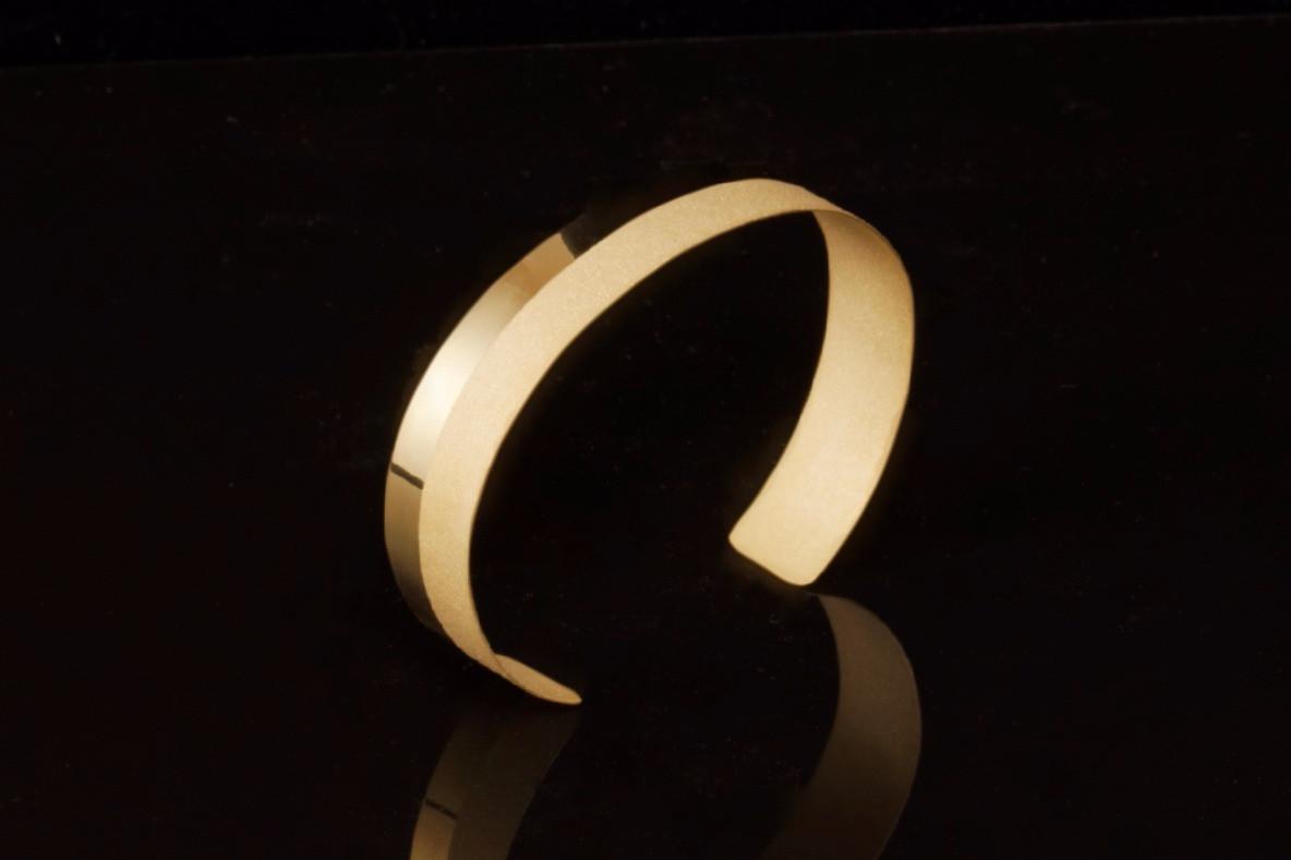 14k Gold Linea Cuff | Modern Artifacts