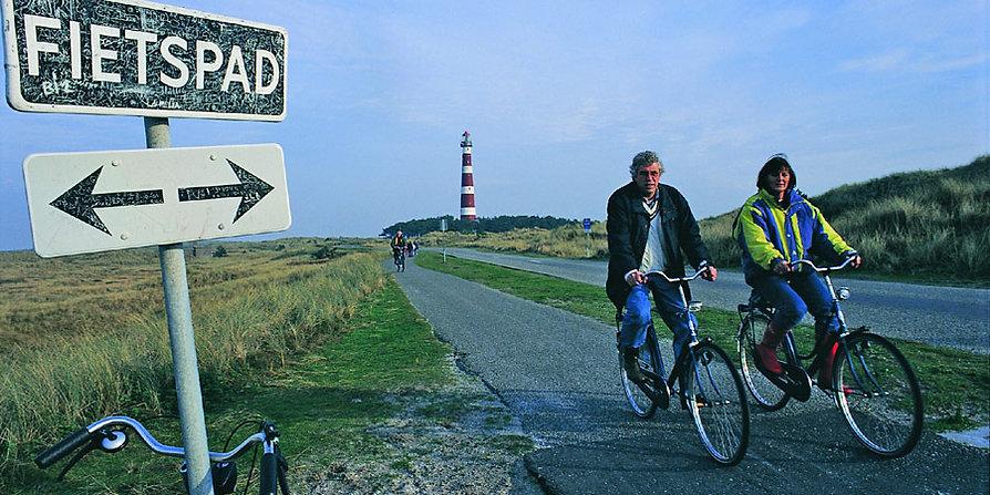 Radfahren bei Hollum auf Ameland