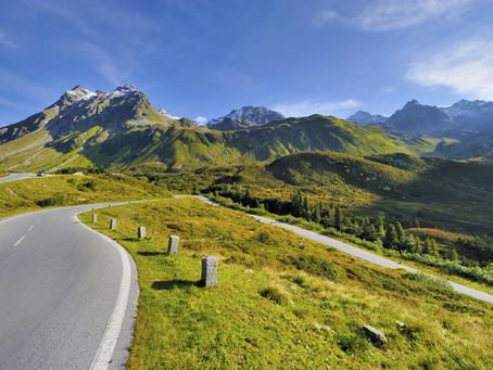 Silvretta Hochalpenstraße: Dramatische Passüberquerung im Westen Tirols