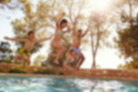 Ferienhaus mit Pool Last Minute