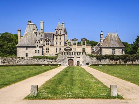 Château de Kerjean: Landgut und Renaissanceschloss in der Bretagne