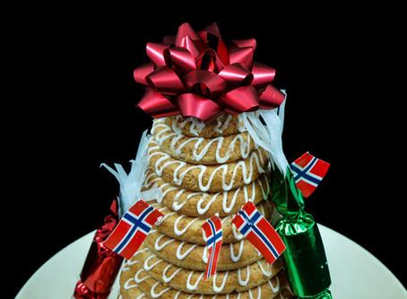 Kransekage – Dänemarks süße Verführung am Silvesterabend