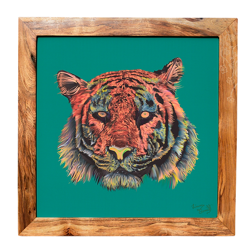 Tiger no.33 Carved Emerald