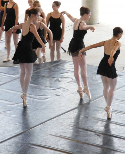 Summer Camp Students Practice Pointe