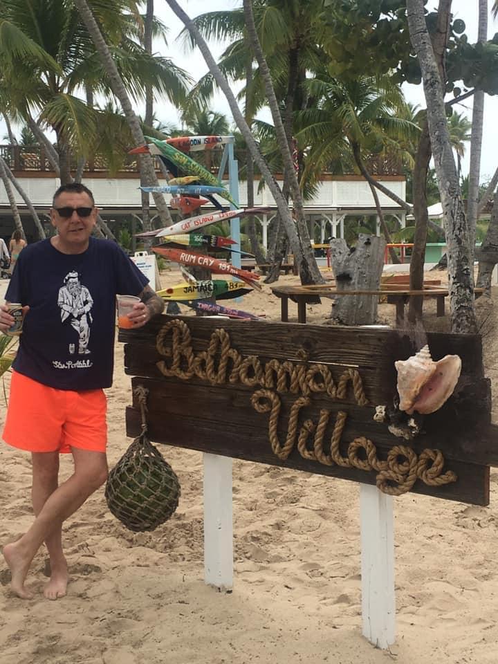 Dai in Bahamas