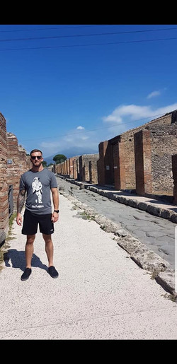 will in Pompei