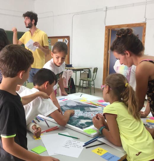 Talleres participativos en la Escuela de La Bazana