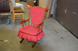 Chaise berçante rouge