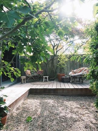 Hage med terrasse