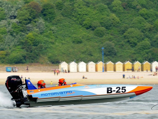 Powerboat Racing is coming to the 2019 Poole Harbour Boat Show!