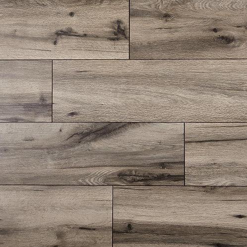 HDC Claddon Oak 12 mm Thick x 7-1/2 in. Wide x 50-2/3 in. Length Laminate Floori