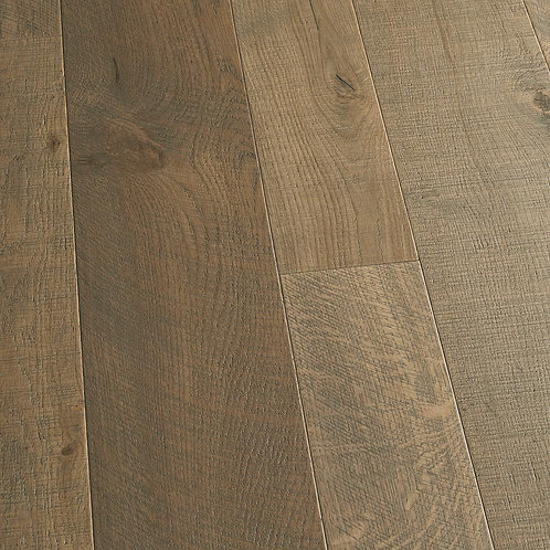 French Oak Half Moon 3/8 in. T x 4 in. and 6 in. W x Varying L Engineered Click