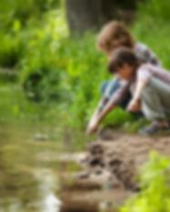 thumbnail_ENFANTS-RIVIERE-REGARDE-EAU-AT