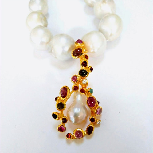 Multigem and Baroque Pearl Pendant on Pearls Necklace