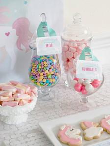 candy table unicorn .jpg