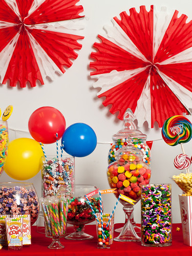 candy table carnival 3.jpg
