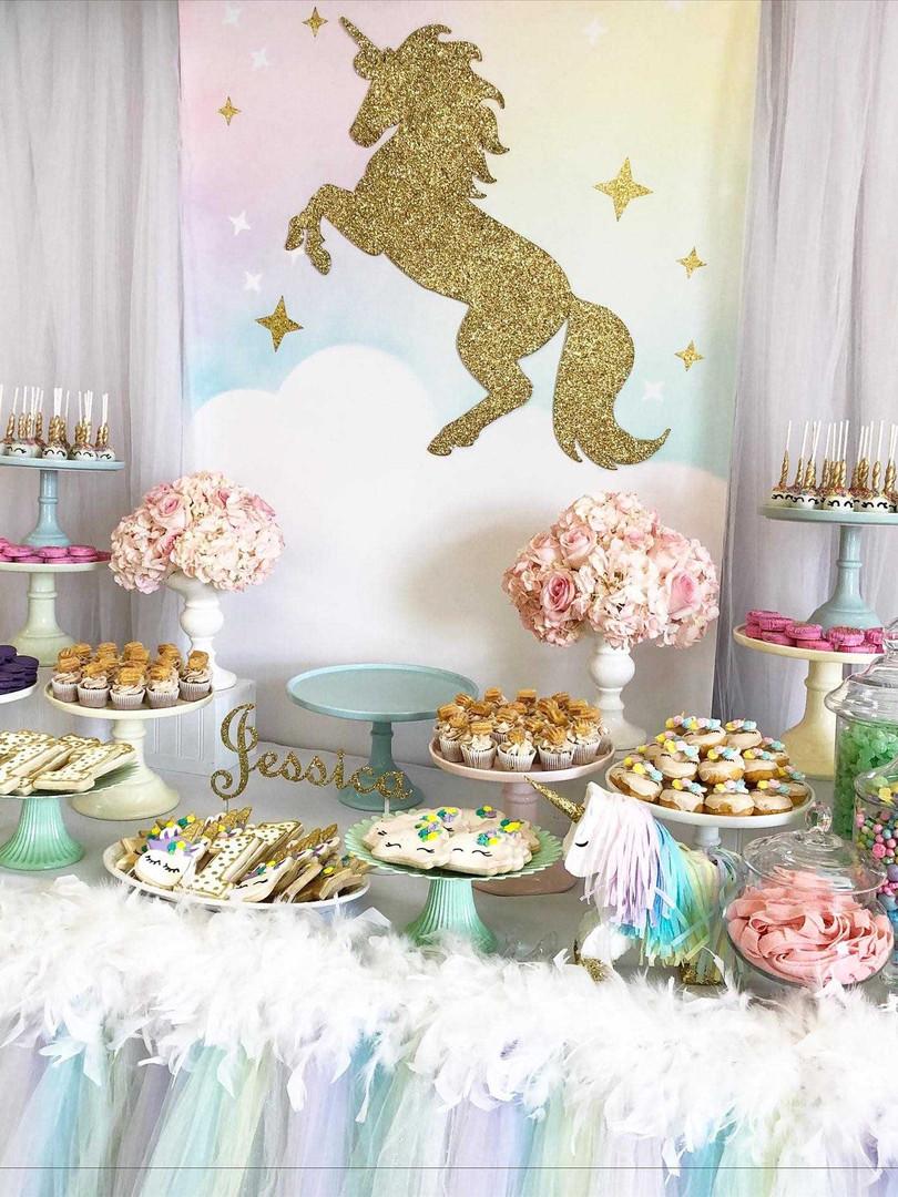 candy table unicorn 4.jpg