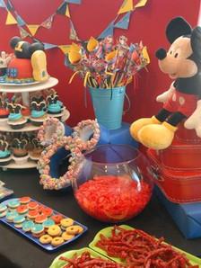 candy table mickey 3.jpg