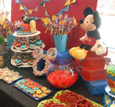 candy table mickey 3.jpg
