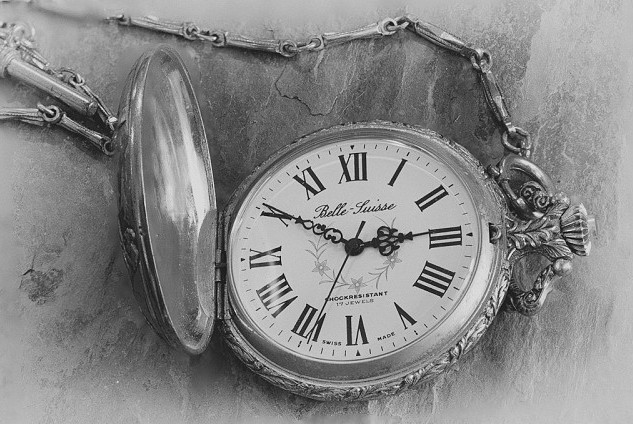 old-pocketwatch