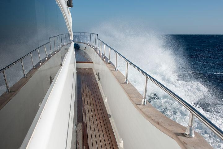 Motoryacht side