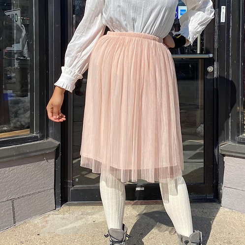 Bobeau light pink tulle/mesh/lace skirt