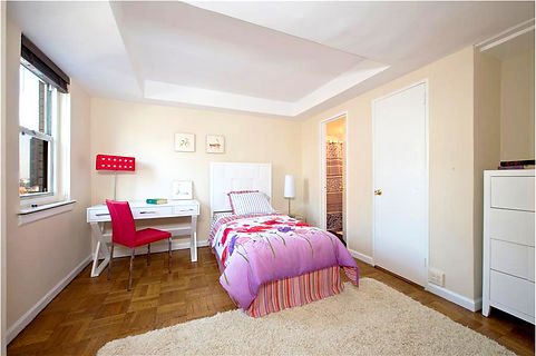 Midtown Manhattan Apartment - Tween Room. Staged to Sell. Douglas Elliman agent Iman Barkhordari.