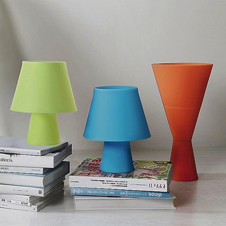 Modern silicone table lamp