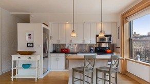 Staging for Sale: The Benefits of Using an Interior Designer
