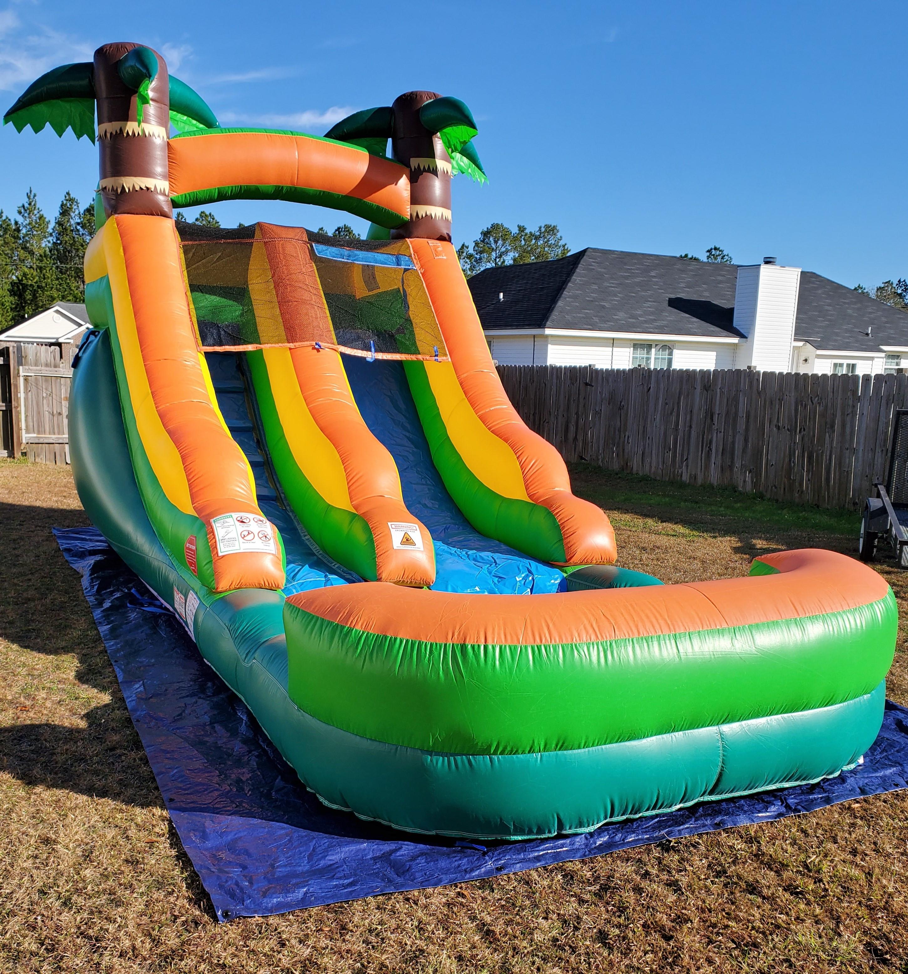 Tropical Slide & Splash