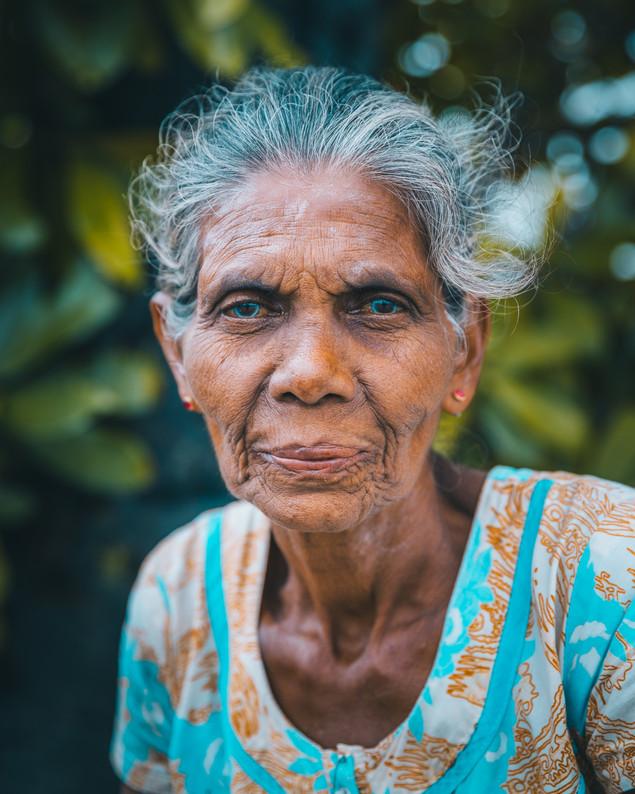 Femme aux yeux revolver - Sri Lanka