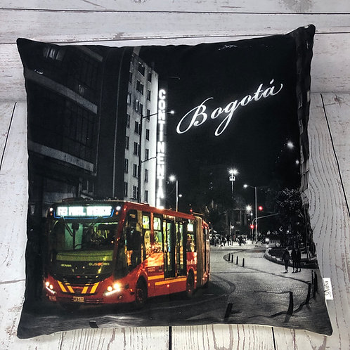 La avenida Jimenez Decorative Pillow Cover