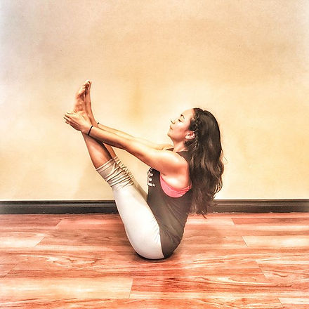 How do you carry yourself through the journey of life_  #paripurnanavasana Full Boat Pose ⛵️⚓️ •SPON